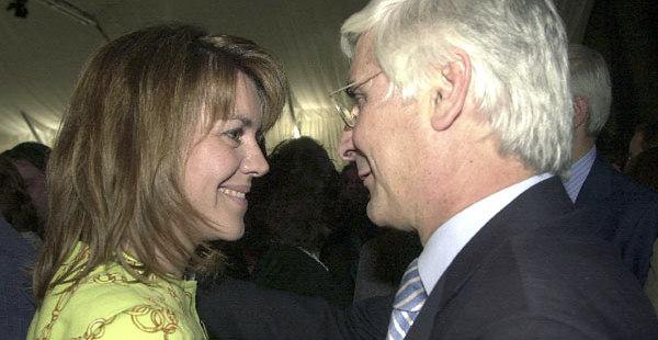 Dolores de Cospeda (PP) y José María Barreda (PSOE). Fotografía de Radio Azul SER