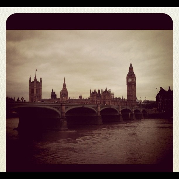 Big Ben. Parlamento Británico. www.angelapaloma.com