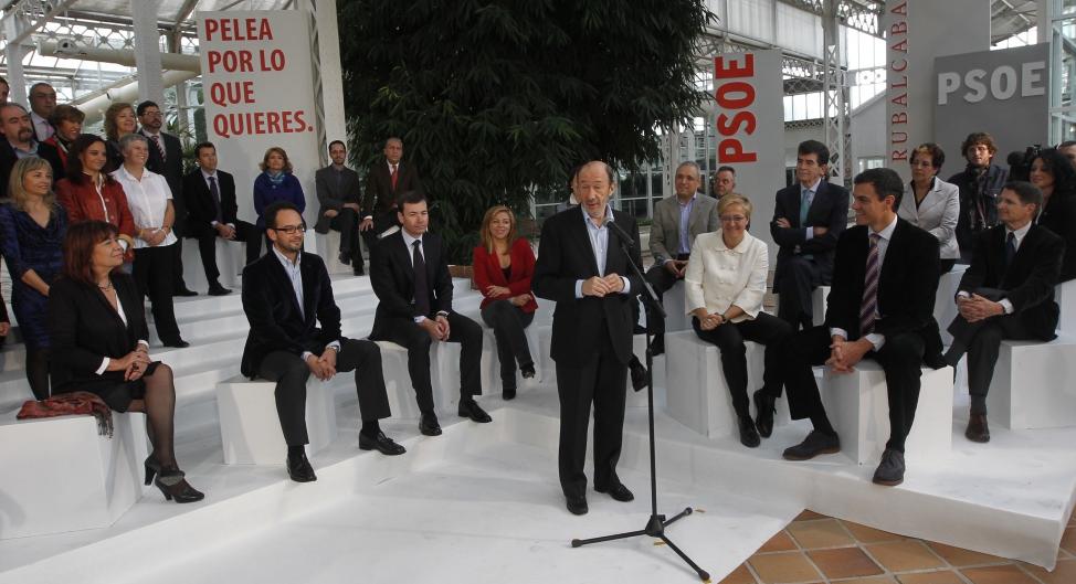 Rubalcaba, durante la presentación de la lista por Madrid. / ULY MARTÍN